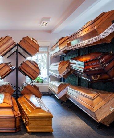 Sicrie și produse funerare la cele mai bune prețuri în Constanța